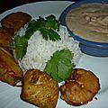 Blancs de poulet marines, sauce aux cacahuetes