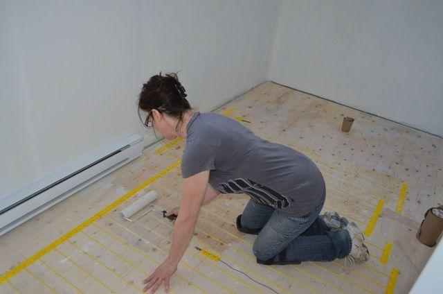 La peinture est finie, plancher chauffant installé... céramique à ...