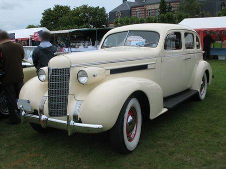 Oldsmobile8-1937av2