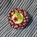 Broche Sakura et tissu traditionnel