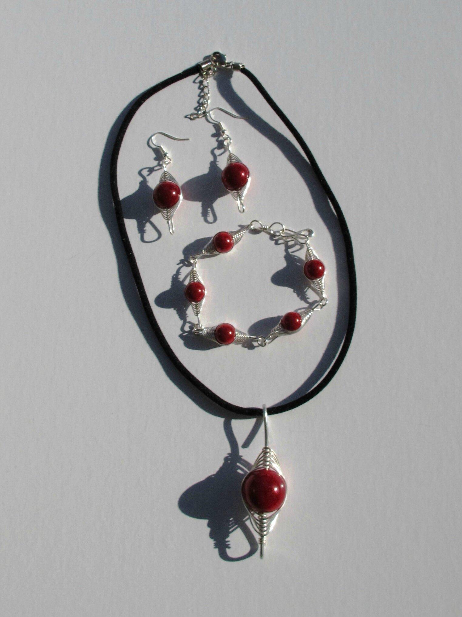 parure wire perles rouges