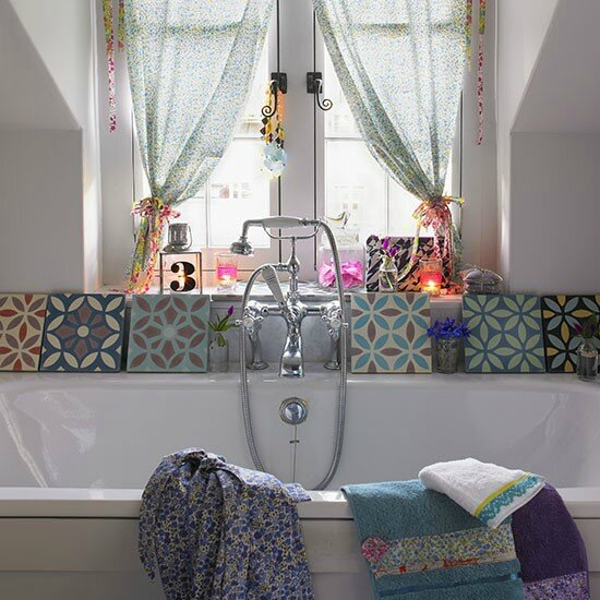 Cottage-chic-bathroom
