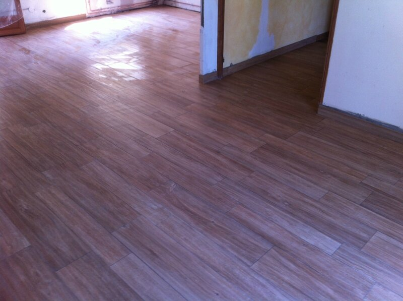 Carrelage imitation parquet carrelage peinture agencement decoration - Salon carrelage imitation parquet ...