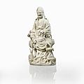 Statuette d'immortel en porcelaine blanc de chine, chine, dynastie qing, xviiie siècle