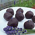 Truffes au chocolat et à la lavande