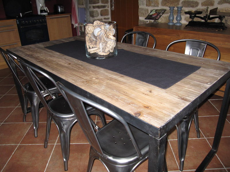 Revue de details nouvelle table de cuisine l 39 orangerie for Table cuisine