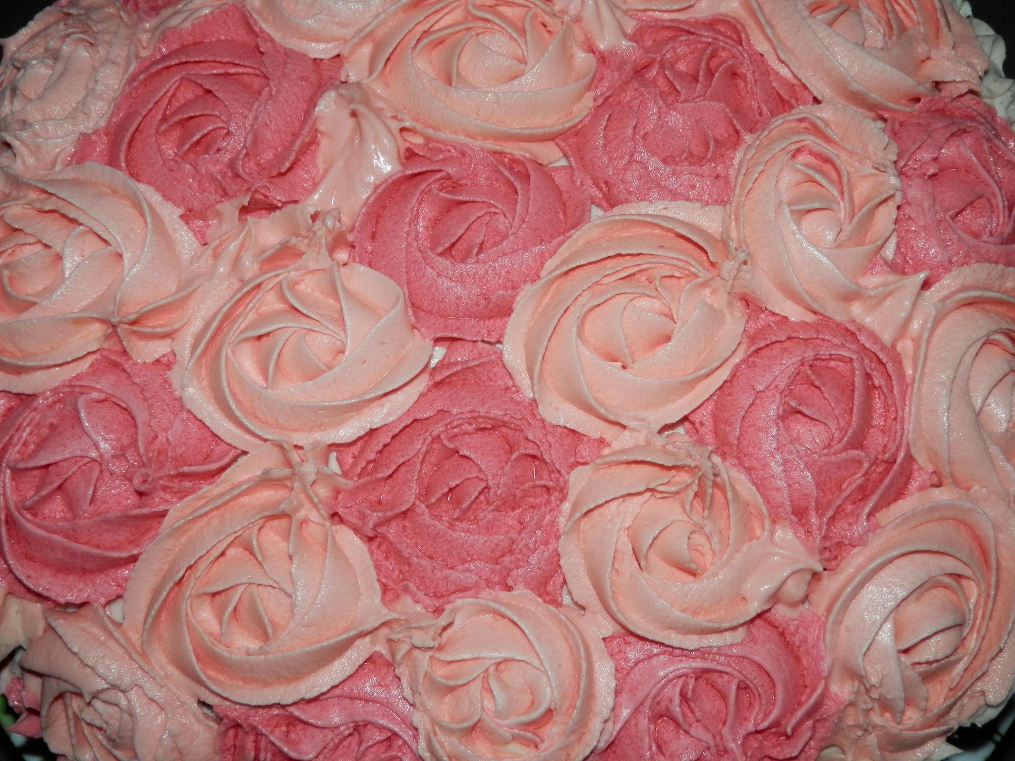 Gateau creme au beurre rose