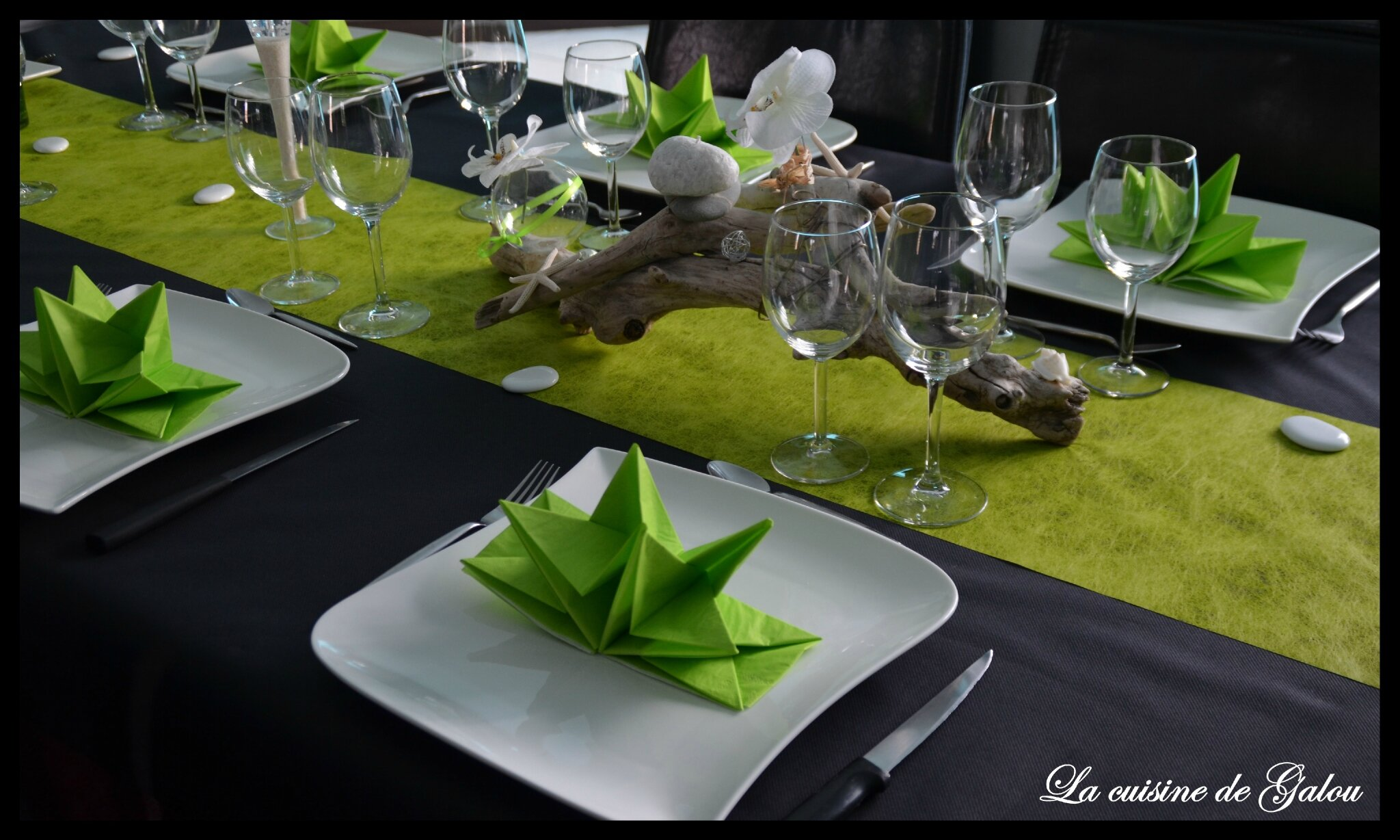 Deco de table zen la cuisine de galou - Deco tables de noel ...