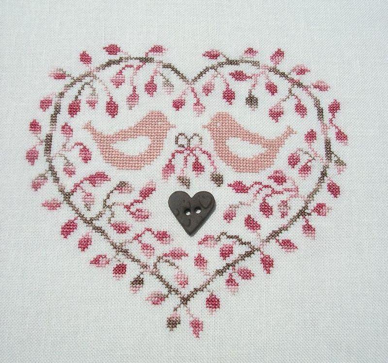 Au coeur du feuillage brodé par Evelyne (Brodev)