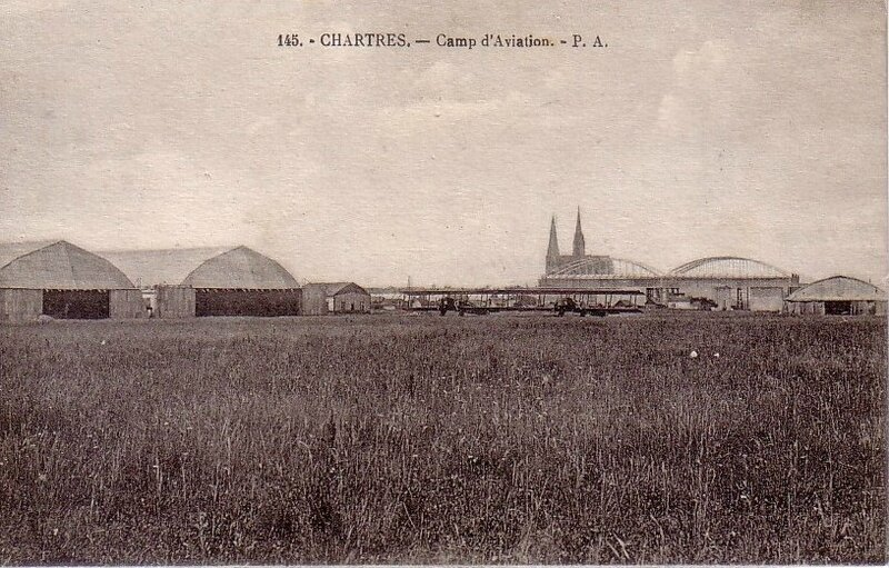 CPA Chartres Camp d'aviation