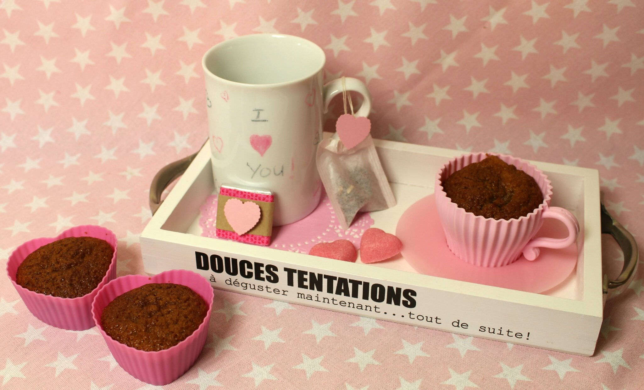 "St valentin : plateau ""Douceurs en rose"" par Is@ de belley"