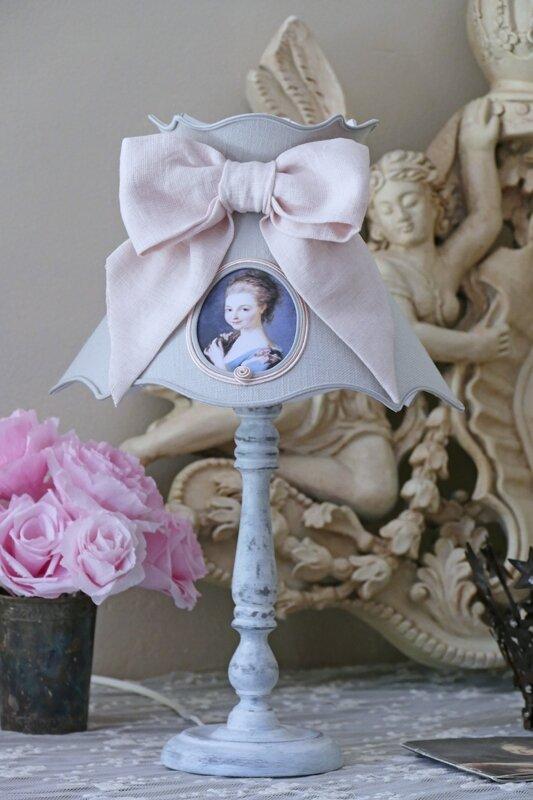 abat-jour gris noeud rose 2