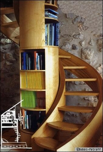 un escalier biblioth que photo de carnets de d coration la maison des leymuriens. Black Bedroom Furniture Sets. Home Design Ideas