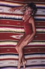 farrah_fawcett_by_bruce_mcboom-red_swimsuit-02-1