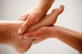 MASSAGE PIED 3