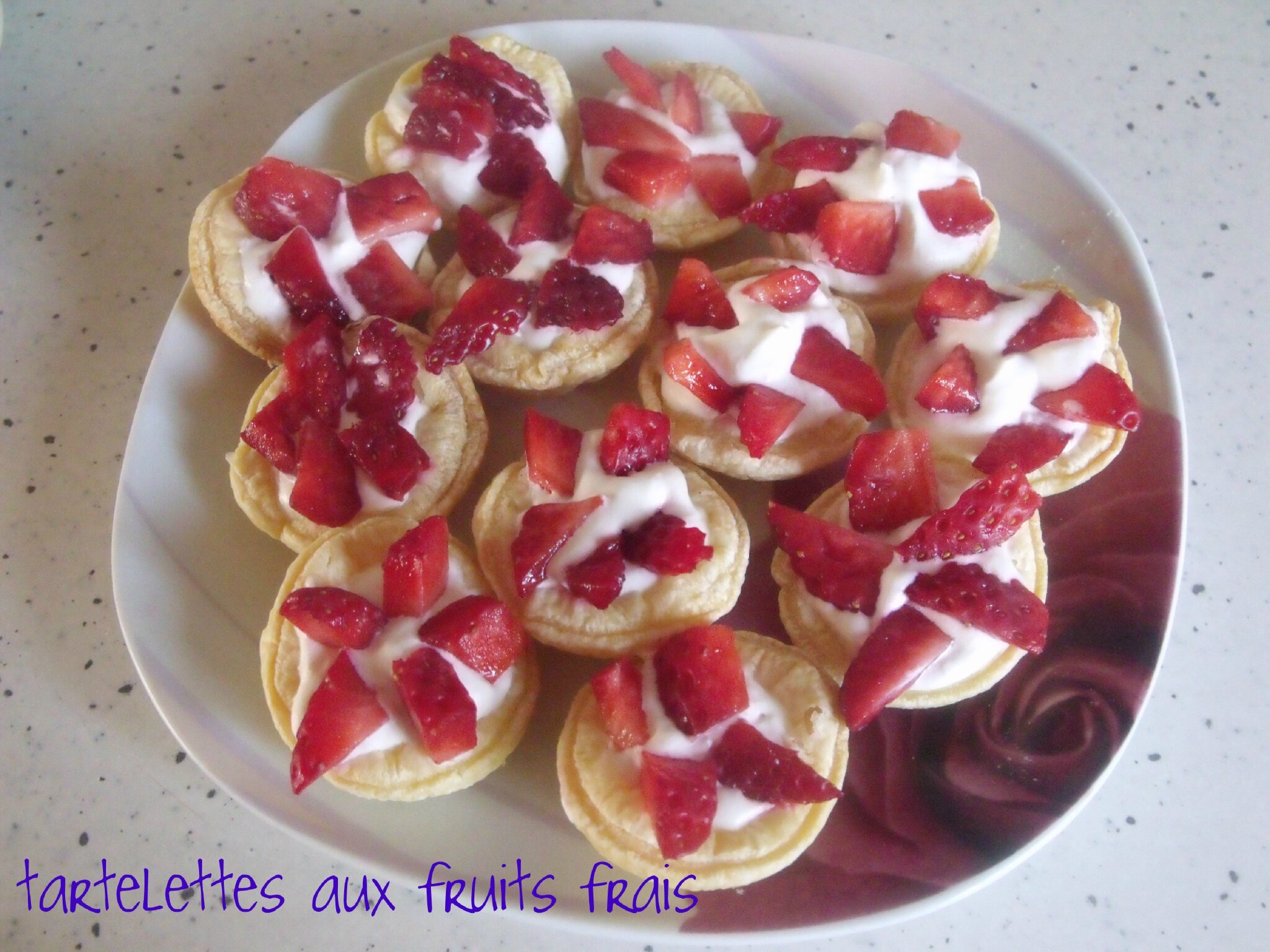 mini tartelettes aux fruits frais mes recettes gourmandes. Black Bedroom Furniture Sets. Home Design Ideas