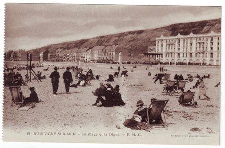62 - BOULOGNE SUR MER - La plage et la digue