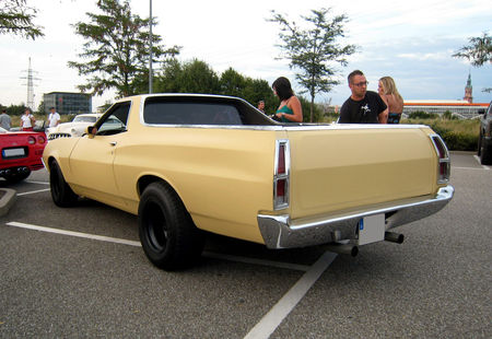 Ford_ranchero_pickup_de_1972__REncard_du_Burger_King__02
