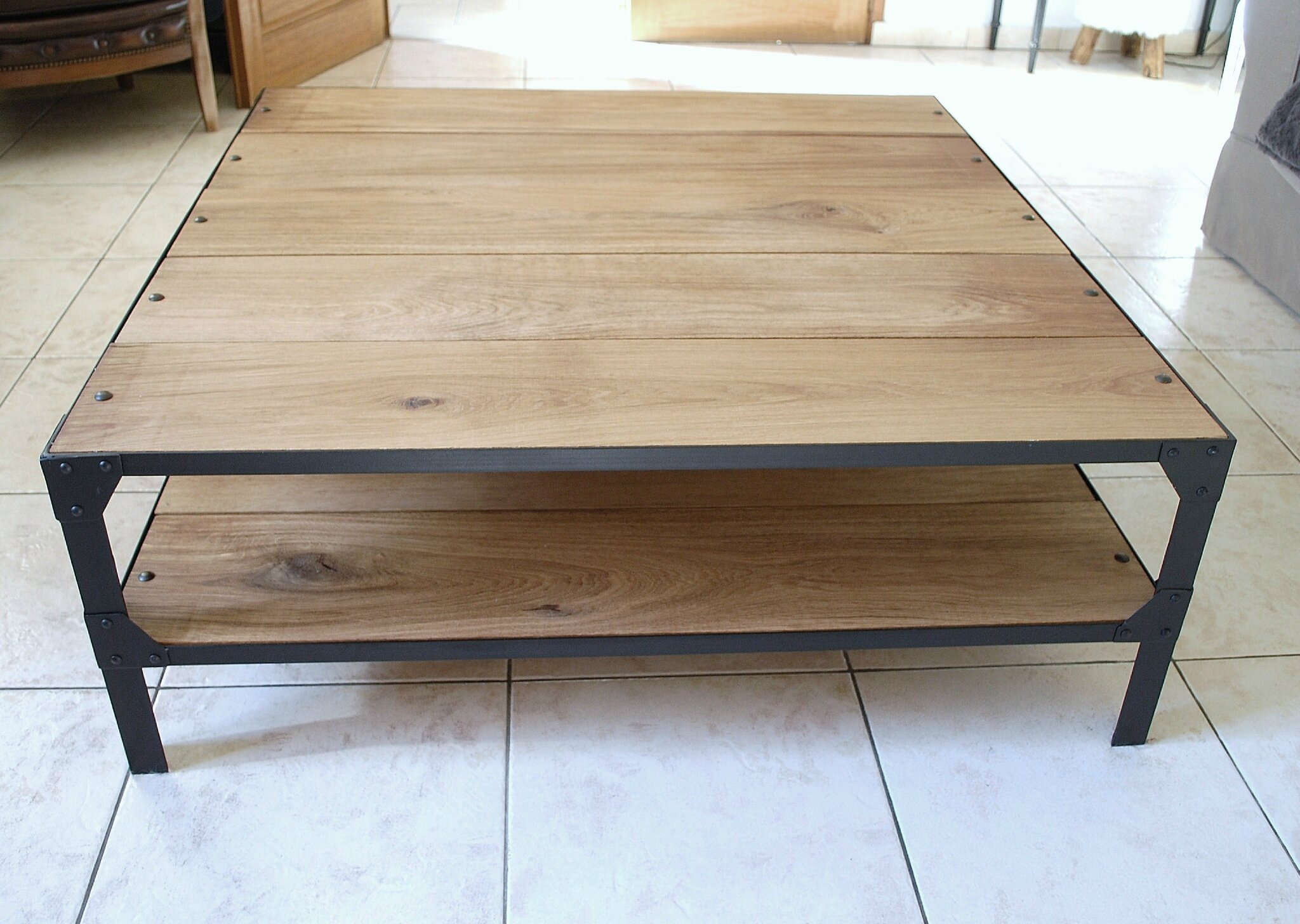 Table basse en ch ne l 39 atelier broc loft - Table basse atelier loft ...