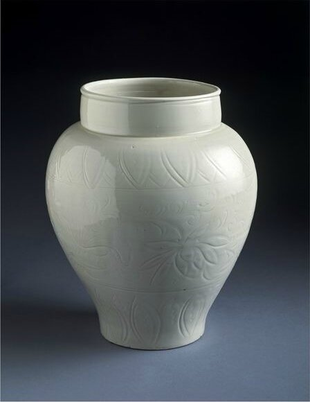 Jar for alcohol, Ding kilns, north China, Northern Song dynasty (1000-1125)