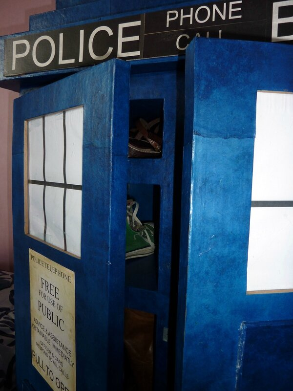 tardis shoes (3)