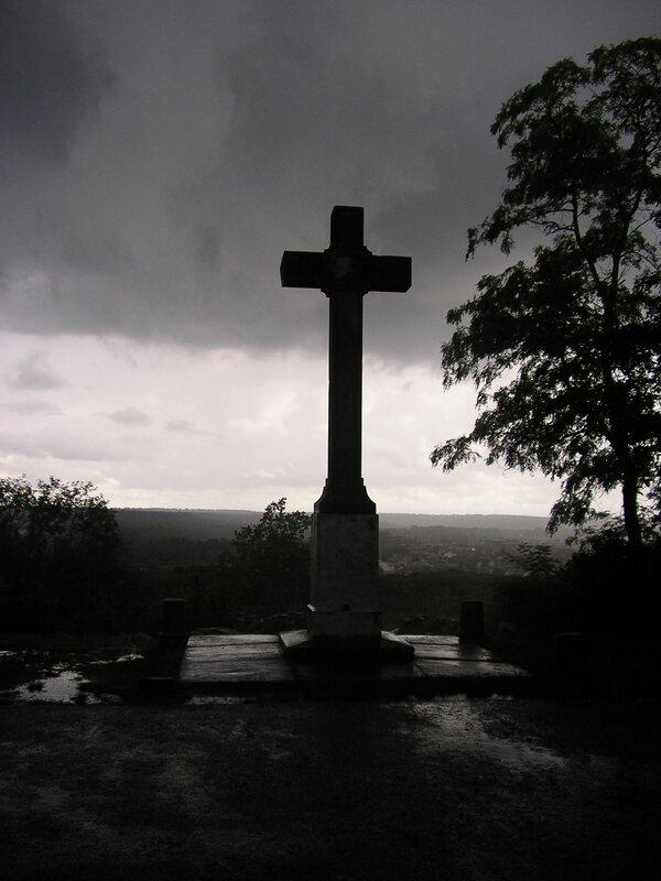 La Croix du Calvaire Juillet 2007