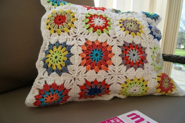 coussin crochet 2013 006