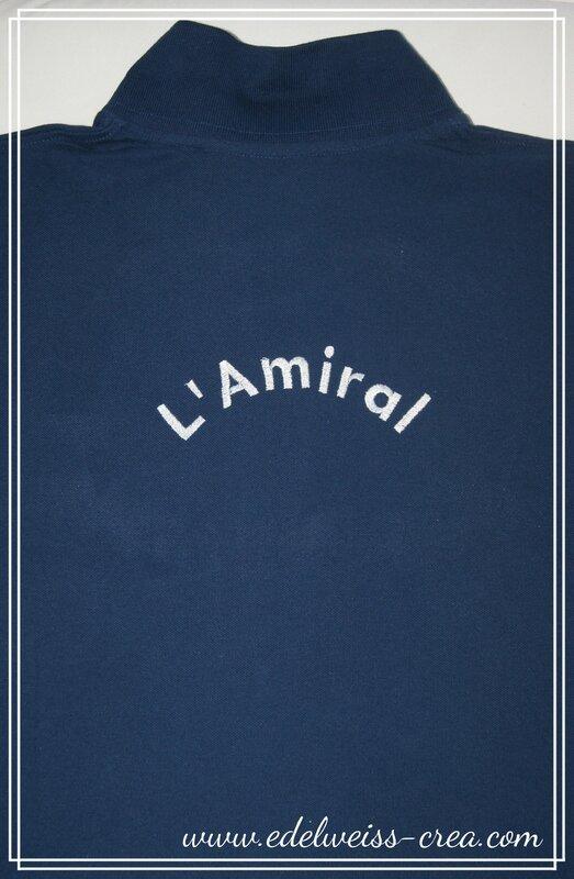 Polo bleu marine broderie dans le dos - L'amiral - Cadeau pour homme