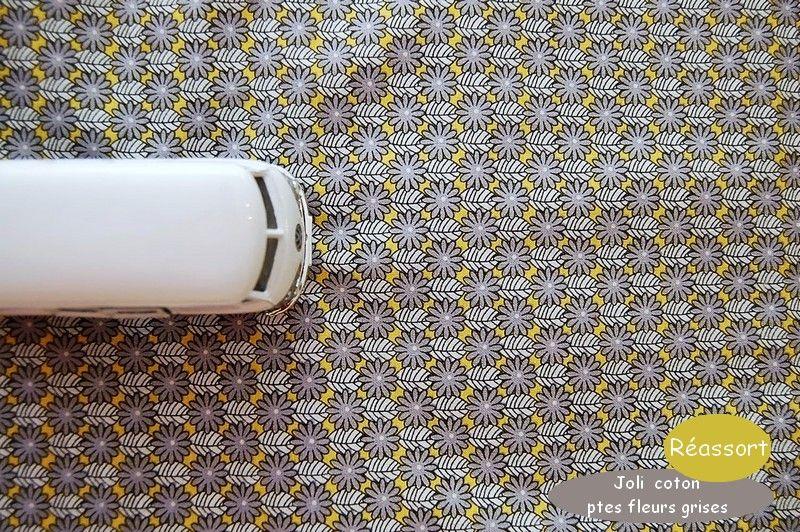 04_coton_petites_fleurs_grises