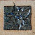 Carreau de grès : motif edelweiss