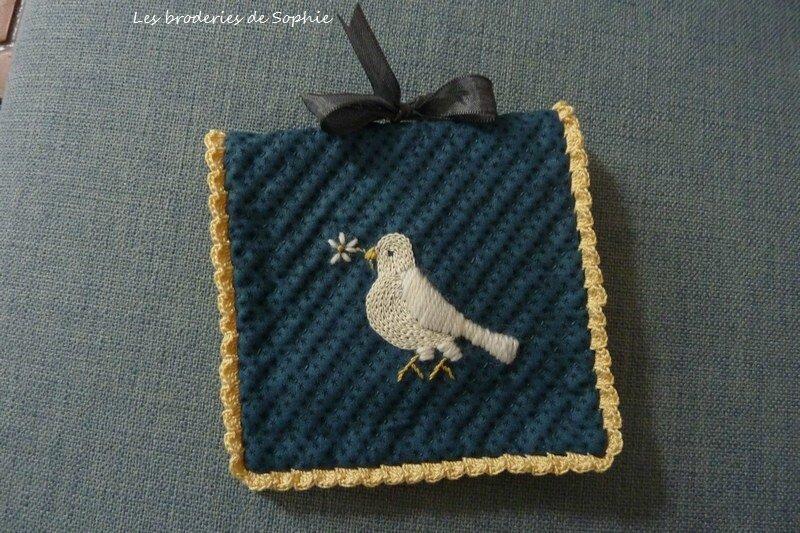 Pochette aiguille colombe (2)