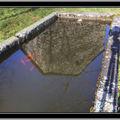 Les reflets dans l'eau dans le bassin en hdr cet après midi