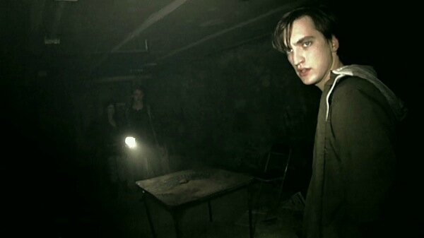 Grave-Encounters-2-Obsession