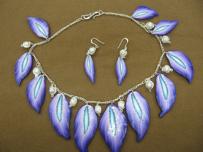 purple feather necklace
