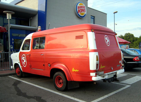 Ford_transit__Rencard_du_Burger_King__02
