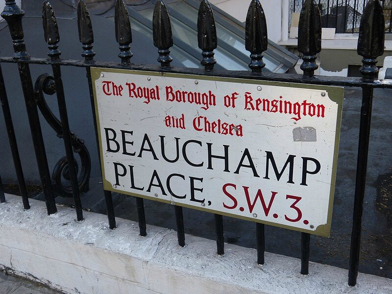 beauchamp placeplaque