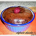 CLAFOUTIS AU CHOCOLAT ET CERISES