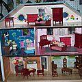 Expo photos des réalisations de maisons de poupées
