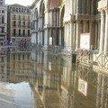 Un peu d'eau sur la Place St-Marc
