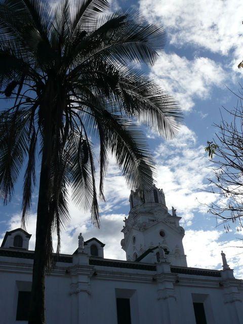 001 La plaza Grande, Quito