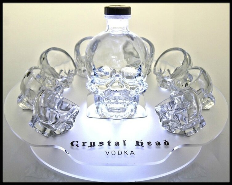 vodka premium crystal head vodka by dan aykroyd le blog de moon. Black Bedroom Furniture Sets. Home Design Ideas