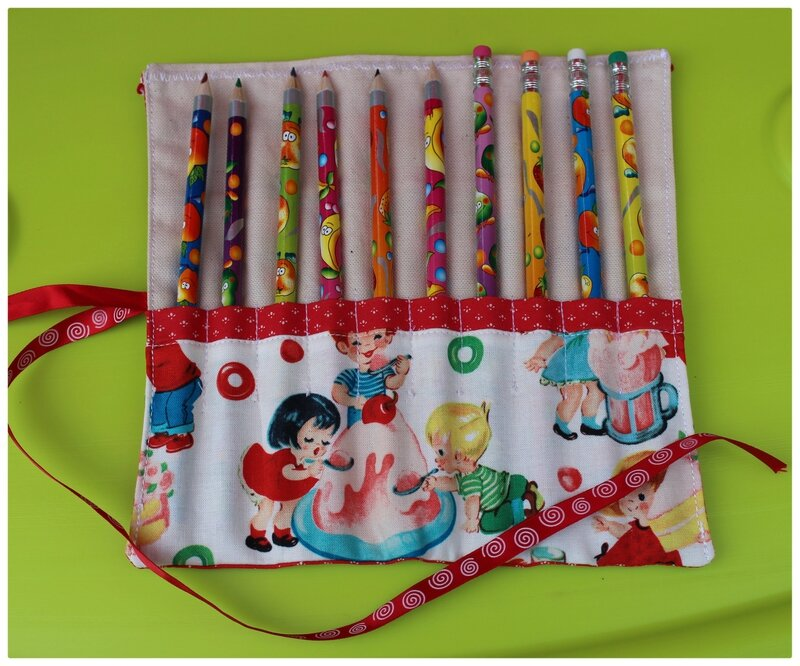 trousse crayons 2