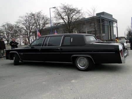 CADILLAC Fleetwood Limousine 1983 Salon Champenois du Vehicule de Collection de Reims 2010 2