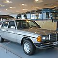 MERCEDES 300 TD W123 break 1985 Stuttgart (1)