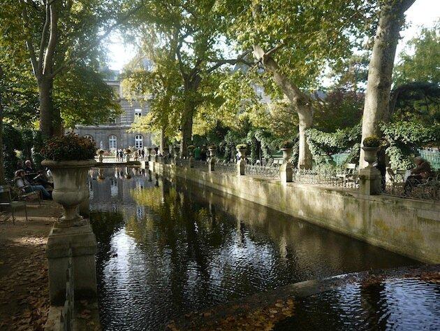 Jardin du Luxembourg Paris Fontaine Médicis fond