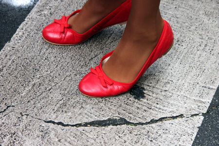 3_chaussures_rouges_9593