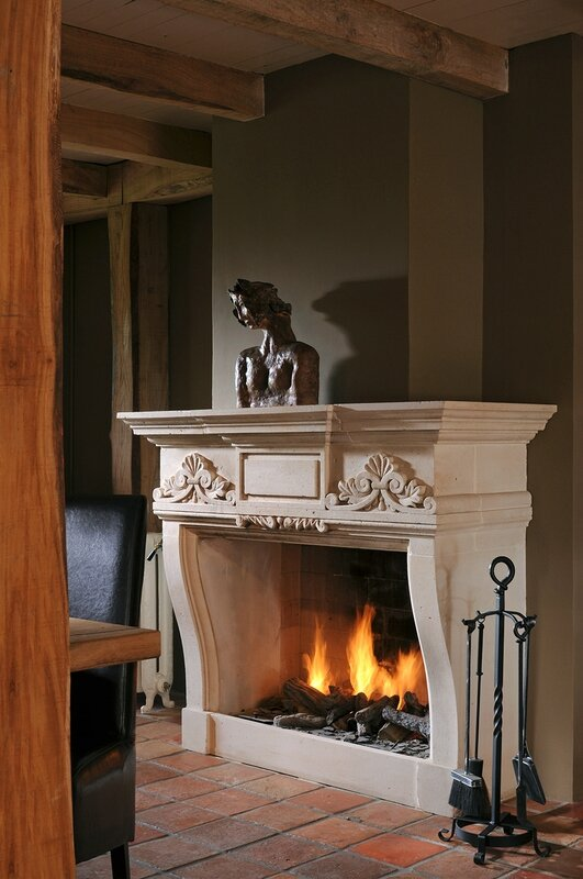 hand-carved-fireplace-3068