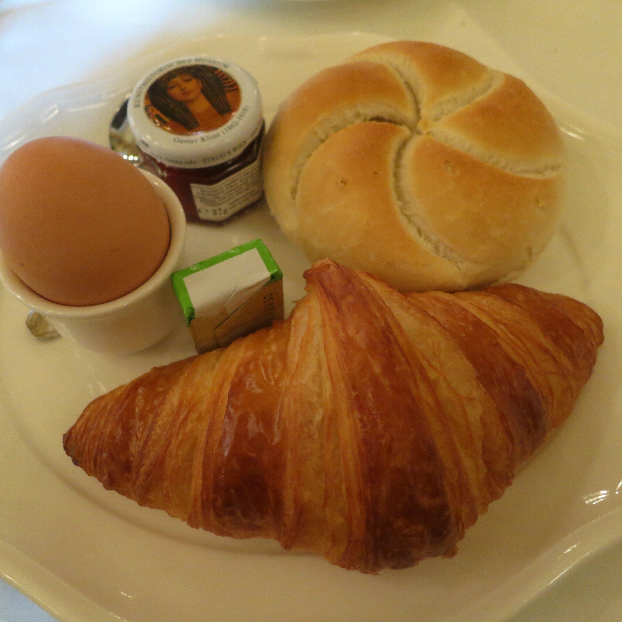 petit dejeuner ajaccio