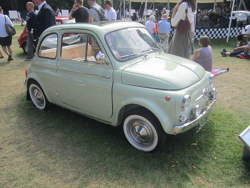 800px-Fiat_500_1960