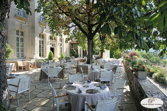 SAINT_MEDARD_restaurant_LE_GINDREAU_la-terrasse____